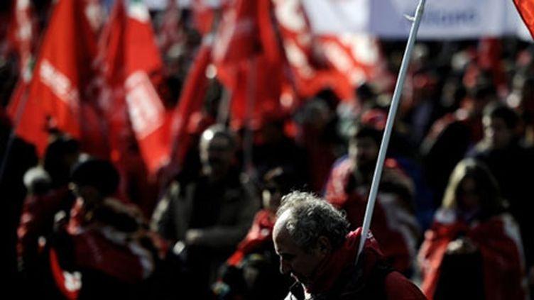 Manifestation pour la défense de l'emploi en 2010 (AFP - Filippo MONTEFORTE)