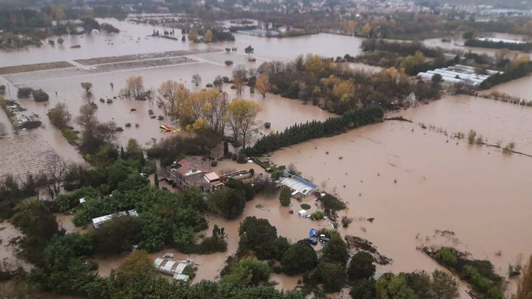 Une zone inondée au Luc, dans le Var, dimanche 24 novembre, sur une photo fournie par la sécurité civile. (SECURITE CIVILE)