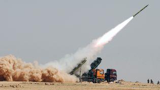Le régime syrien est soupçonné d'utiliser ses missiles, comme celui-ci lors d'un exercice le 11 juillet 2012, pour répandre des gaz toxiques. (SANA / AFP)