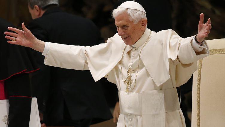 Le pape Benoît XVI, le 13 février 2013. (STEFANO RELLANDINI / REUTERS)