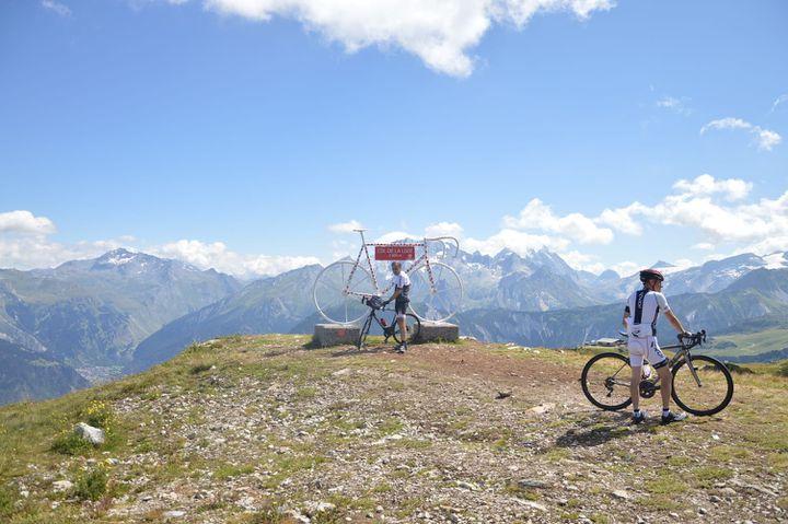 Le panorama au sommet du col de la Loze. (VICTOR VASSEUR / RADIO FRANCE)
