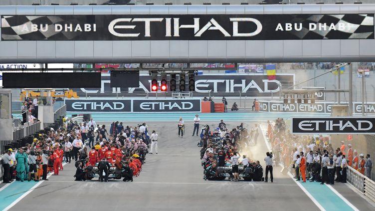 Le départ du GP d'Abu Dhabi (GIUSEPPE CACACE / AFP)