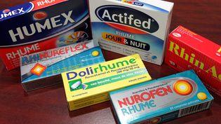 """Le magazine """"60 millions de consommateurs"""" met en garde contre les effets secondaires d'une trentaine de médicaments antirhume. (MAXPPP)"""