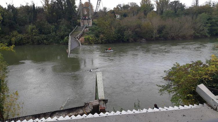 Effondrement d'un pont à Mirepoix-sur-Tarn. (SANDRINE MORIN / FRANCE-BLEU OCCITANIE)