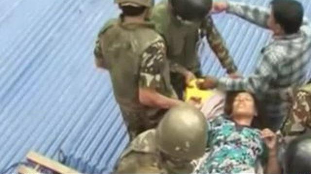 Népal : les secouristes se mobilisent pour sauver des vies