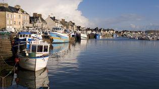 Le port deSaint-Vaast-la-Hougue dans la Manche, le 24 juillet 2008. (RIGOULET GILLES / HEMIS.FR / AFP)