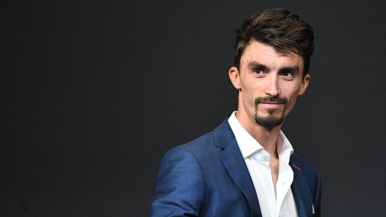 Julian Alaphilippe lors de la présentation du Tour de France 2022, le14 octobre 2021. (ANNE-CHRISTINE POUJOULAT / AFP)