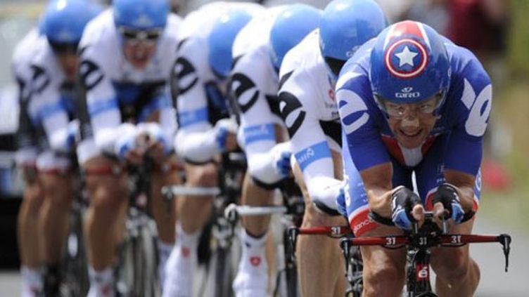 L'équipe Garmin Cervélo dans l'exercice du contre-la-montre (LIONEL BONAVENTURE / AFP)