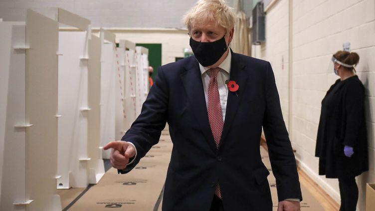 Boris Johnson le 6 novembre 2020 à Leicester. (MOLLY DARLINGTON / POOL)
