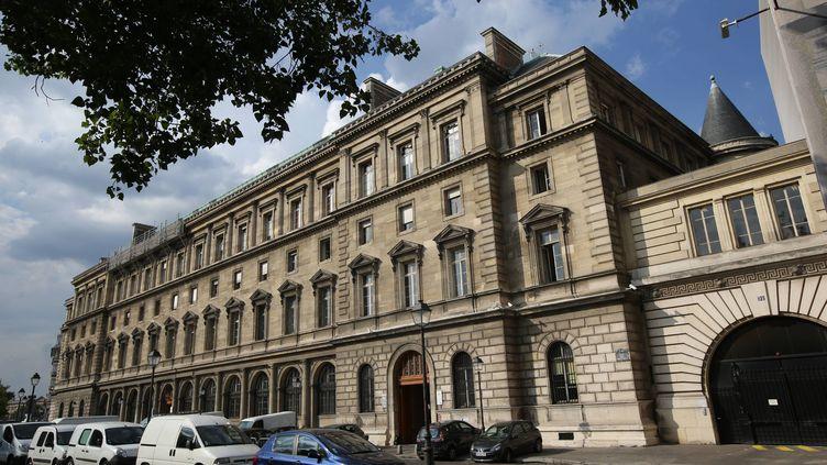 Le mythique 36 quai des Orfèvres à Paris, le 2 août 2014. Une touriste canadienne accuse des policiers de l'avoir violée dans ces locaux, en avril. (MAXPPP)