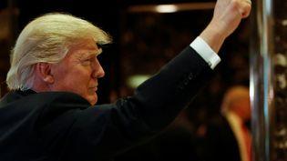 Le président américain élu, Donald Trump, le 13 jnvier 2017 dans le hall de la Trump Tower à New York (Etats-Unis). (? SHANNON STAPLETON / REUTERS / X90052)