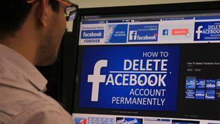 Après le scandale Cambridge Analytica, une campagne en ligne incite les internautes à supprimer son compte Facebook. (NASIR KACHROO / NURPHOTO)