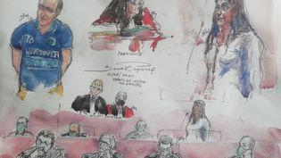 Hubert Caouissin (à gauche) et sa compagne Lydie Troadec (à droite), lors de l'ouverture de leur procès à la cour d'assises de Loire-Atlantique, le 22 juin, à Nantes. (BENOIT PEYRUCQ / AFP)