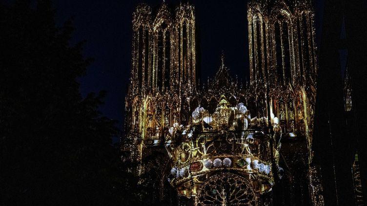 La cathédrale de Reims habillée par Regalia (Mairie de Reims)