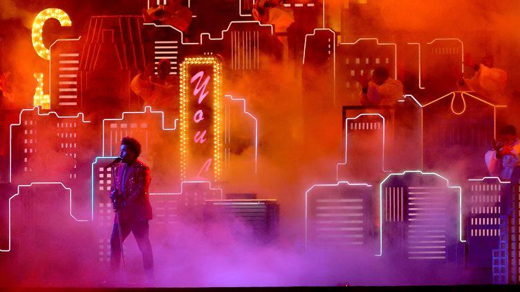 The Weeknd (Abel Tesfaye) durante sua apresentação no intervalo do Super Bowl em 7 de fevereiro de 2021 em Tampa, Flórida (KEVIN C. COX / GETTY IMAGES NORTH AMERICA)