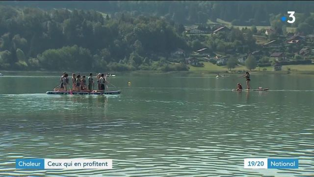 Vacances : les touristes profitent de la chaleur