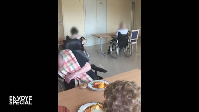 Envoyé spécial. Ehpad : des pensionnaires devant des repas qu'ils ne peuvent pas manger, d'autres qui se blessent en tombant sans arrêt...