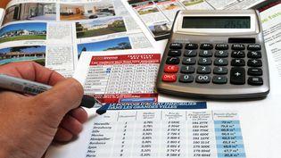 Calcul du crédit immobilier. (MAXPPP)