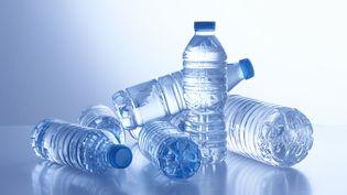 """Actuellement, seul un quart des emballages en plastique sont recyclés, selon une étude publiée en mars 2018 par """"60 Millions de consommateurs"""". (SCIENCE PHOTO LIBRARY / R3F / AFP)"""