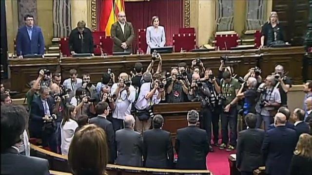 Le Parlement catalan approuve la résolution d'indépendance