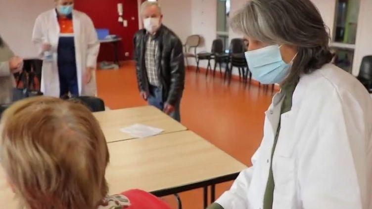 Ehpad : à Périgueux, des bénévoles à la rescousse (France 2)