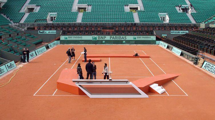 Le podium à l'essai sur le court Philippe Chatrier (16/05/2012) (JACQUES DEMARTHON / AFP)