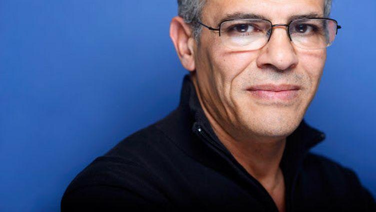 Abdellatif Kechiche, le 10 février 2014 lors de la remise des prix du Syndicat français de la critique de cinéma. (BALTEL / SIPA)