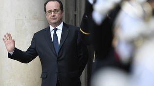 François Hollande à l'Elysée, le 7 février 2017. (STEPHANE DE SAKUTIN / AFP)