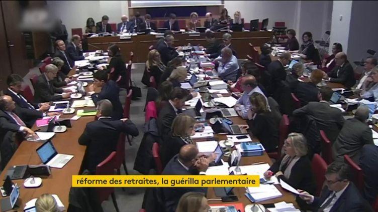 La commission spéciale sur les retraites (FRANCEINFO)