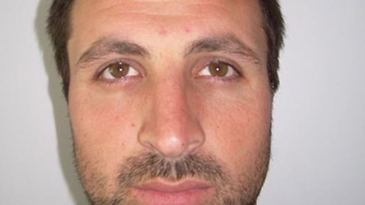 Une photo de Jason Lopez, qui a enlevé son fils Vicente mercredi près de Clermont-Ferrand, diffusée par la police le 29 mars 2017. (DR)