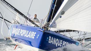 """Le skipper Armel Le Cléac'h sur son bateau """"Banque Populaire VIII"""", le 24 septembre 2016. (VINCENT CURUTCHET / DPPI MEDIA)"""
