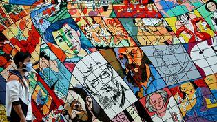 """Exposition """"Tout va bien Monsieur Matisse"""" au Cateau-Cambresis avec des oeuvres de huits plasticiens contemporain. """"Matisse"""" par Erró en 1991 - collection of Reykjavík Art Museum, Islande (BELLOUMI / MAXPPP)"""