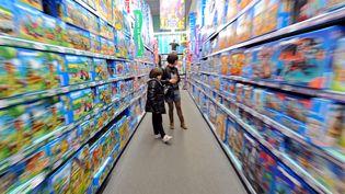 Dans les rayons d'une grande surface de jouets... (DENIS CHARLET / AFP)