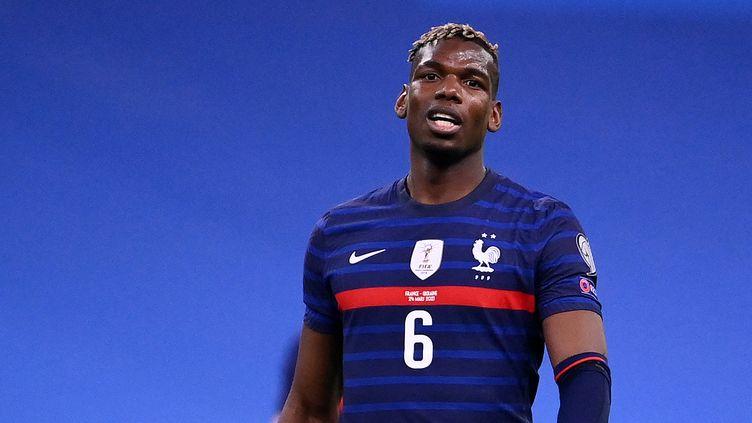 Paul Pogba va-t-il redevenir le taulier du milieu tricolore ? (FRANCK FIFE / AFP)