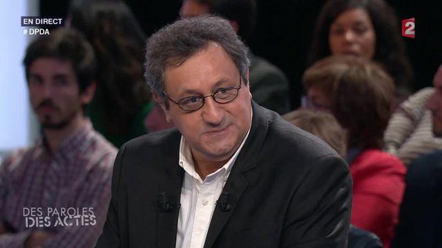 """Daniel Psenny, le journaliste du """"Monde"""" qui a filmé la fuite des rescapés du Bataclan, est revenu sur les attaques du 13 novembre sur le plateau de l'émission """"Des paroles et des actes"""" de France 2, jeudi 26 novembre."""