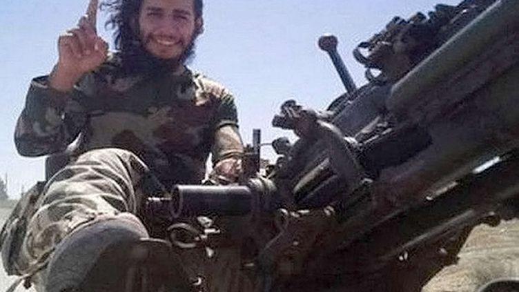 """Le """"cerveau"""" présumé des attentats de Paris, Abdelhamid Abaaoud (photo non datée). (REX / SIPA)"""