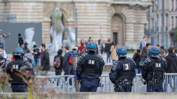 Une manifestation de lycéens à Lille (Nord), le 7 décembre 2018. (THIERRY THOREL / NURPHOTO / AFP)