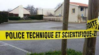 La police a bouclé le parking où se trouvait la voiture de la victime, mercredi 11 décembre 2013, à Woippy (Moselle). (RENE ELKAIM / FRANCE 3 LORRAINE / FRANCETV INFO)