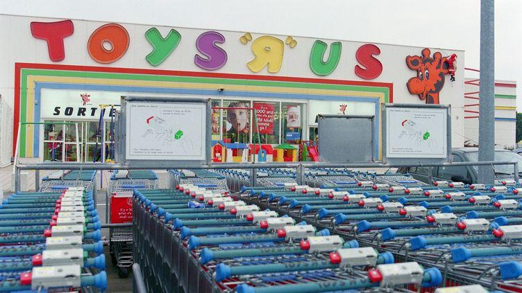 La devanture d'un magasin Toys'R'Us à Toulouse (Haute-Garonne). (JEAN-PIERRE MULLER / AFP)