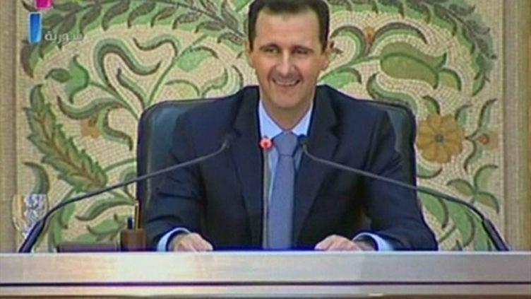Le président syrien Bachar al-Assad lors de son allocution télévisée du 13 avril 2011 (AFP/SYRIAN TV)