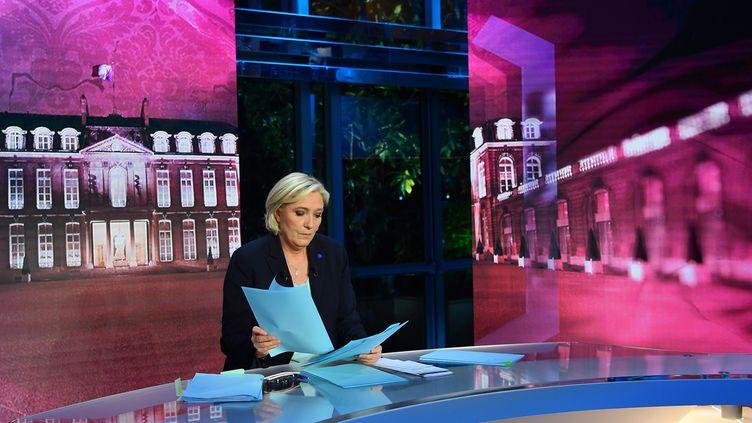 Marine Le Pen lors de son passage sur TF1 le mardi 25 février (MAXPPP)