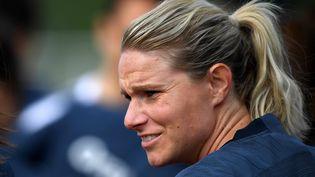 La joueuse du milieu de terrain de l'équipe de France, Amandine Henry (FRANCK FIFE / AFP)