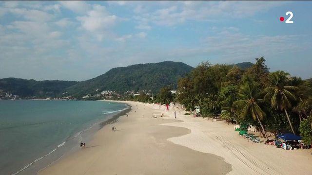 Thaïlande : le retour des touristes, sous surveillance