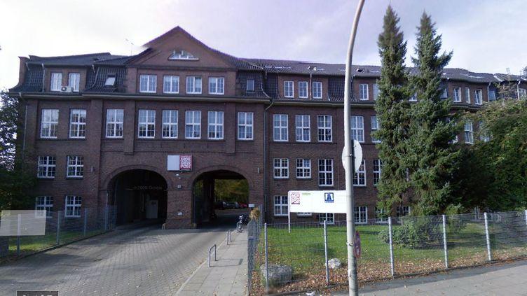 """Les bâtiments du """"Hamburger Morgenpost"""", à Hambourg (Allemagne), ont été visés par un incendie volontaire, dans la nuit du 10 au 11 janvier 2015. (GOOGLE STREET VIEW)"""
