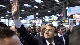 Le président Emmanuel Macron au Salon de l'agriculture à Paris, le 24 février 2018. (GERARD JULIEN / AFP)
