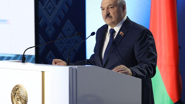 Le président biélorusse, Alexandre Loukachenko, à Minsk (Biélorussie), le 11 février 2021. (PAVEL ORLOVSKY / BELTA)