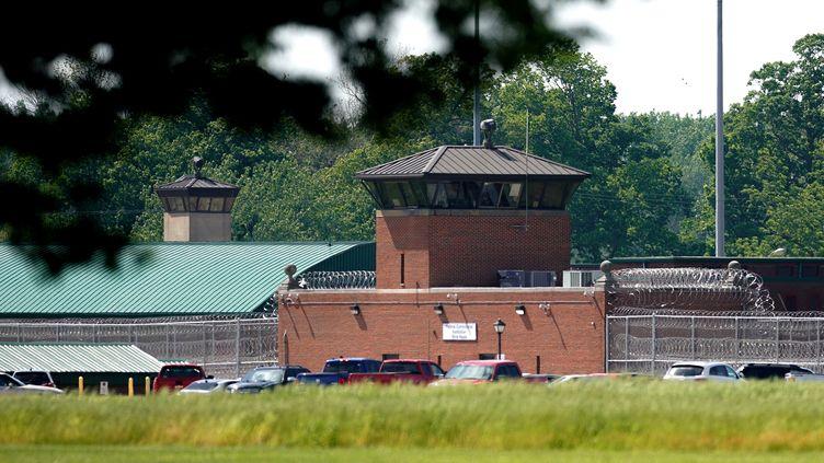 La prison de Terre Haute, dans l'Indiana (Etats-Unis), le 22 mai 2019. (BRYAN WOOLSTON / REUTERS)