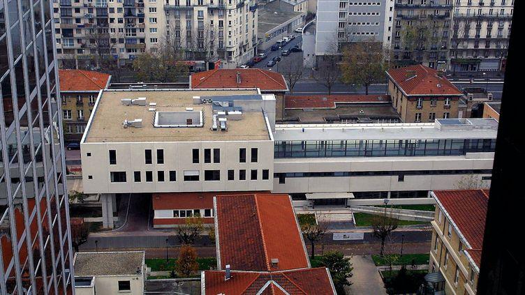 L'hôpital Bichat, dans le 18e arrondissement de Paris, près duquel le tronc humain a été retrouvé le 24 septembre. (ALAIN AUBOIROUX / MAXPPP)
