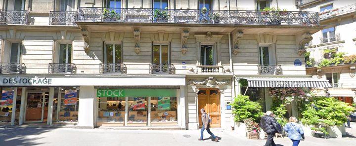 Les locaux de SOS Éducation, dans le VIème arrondissement de Paris. (120, Boulevard Raspail (Paris, Île-de-France) (GOOGLE STREETVIEW))