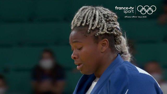Le Black Friday est terminé ! Romane Dicko offre une médaille à la délégation française ! Après de nombreuses désillusions aujourd'hui, voilà enfin une médaille ! Elle s'offre le bronze à seulement 21 ans.